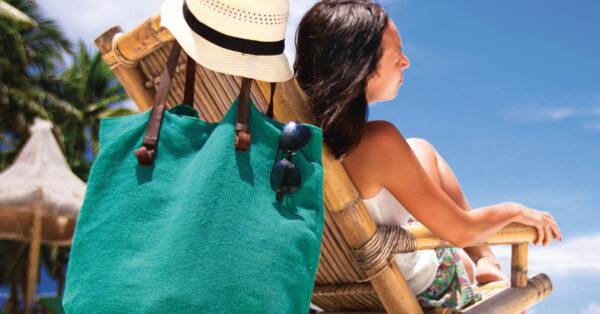So schützt du deine Haut vor juckender Sonnenallergie