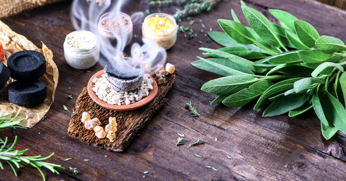 Räuchern Mit Pflanzen Und Kräutern Eine Einführung